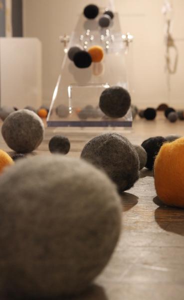 Large_fit_balancing-detail-spheres