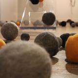 Thumb_balancing-detail-spheres