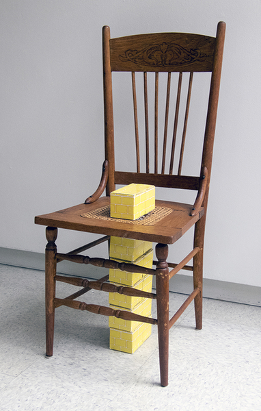 Large_fit_nfalk 03 golden bricks chair 355 5x8.800.web