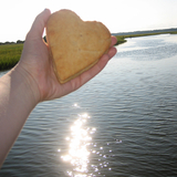 Thumb_05_heart biscuit