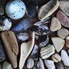 Thumb_small_stones_and_seaglass_2